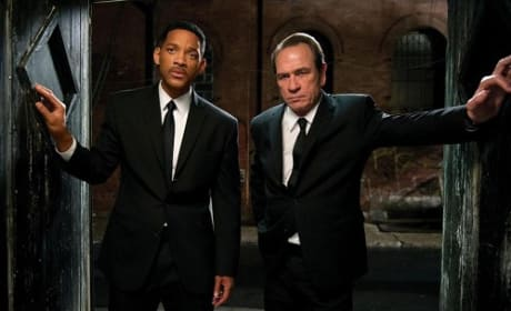 Men in Black 3 Finally Takes Down The Avengers