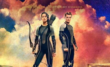 Catching Fire: Katniss & Peeta Victor Banner Revealed