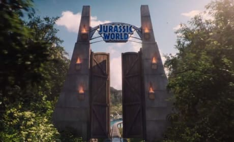 11 Jurassic World Trailer Reveals: Much More Dangerous!