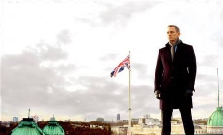 Skyfall Photo: James Bond Stands Over London