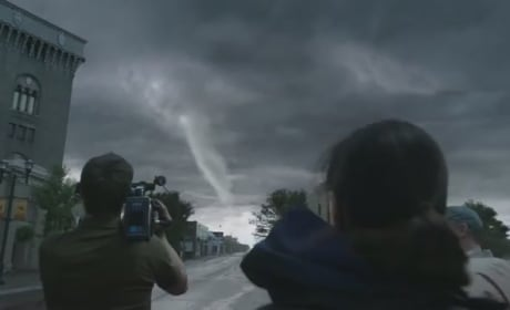 Into the Storm Clip: Run For Your Life!