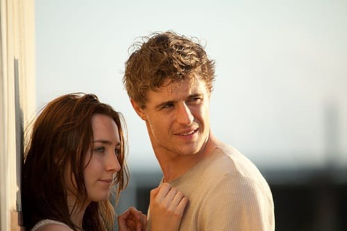Saoirse Ronan and Max Irons in The Host