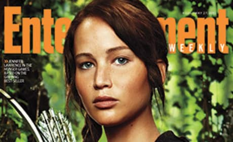 First Look: Jennifer Lawrence as Katniss!