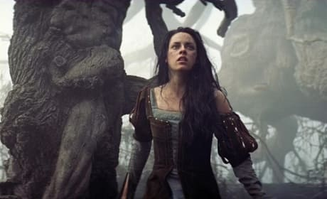 Snow White and the Huntsman: Kristen Stewart Photo
