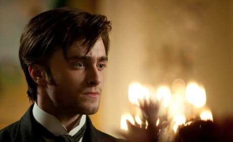 The Woman in Black Movie Review: Radcliffe Rocks the Haunted House