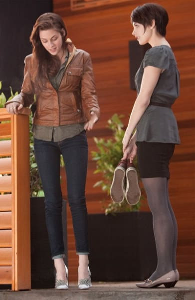 Ashley Greene and Kristen Stewart in The Twilight Saga: Breaking Dawn Part 1