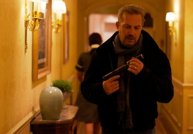 Kevin Costner Stars 3 Days to Kill