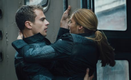 Divergent Photos: Shailene Woodley & Theo James Get Close