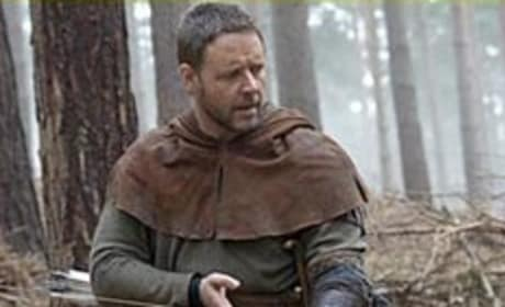 First Look: Russell Crowe as Robin Hood