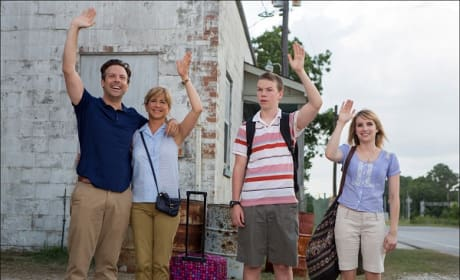 Jason Sudeikis Jennifer Aniston in We're the Millers