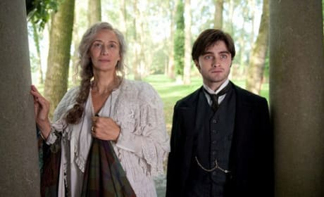 Daniel Radcliffe Stars in The Woman in Black