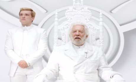 """Mockingjay Teaser Trailer: President Snow Declares """"Panem Forever"""""""