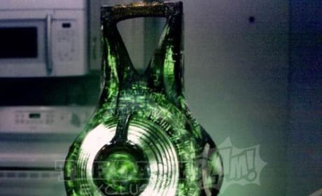 Get Your First Look at Green Lantern's Power Battery!
