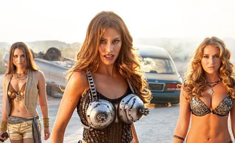 Machete Kills Photo: Sofia Vergara Ready for a Gun Fight