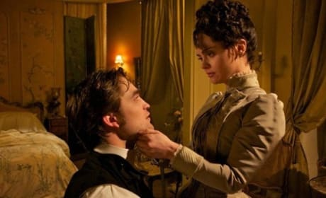 Bel Ami Photos: Robert Pattinson Sizzles, Christina Ricci Rivets