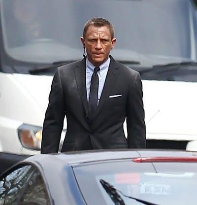 Daniel Craig Films Skyfall