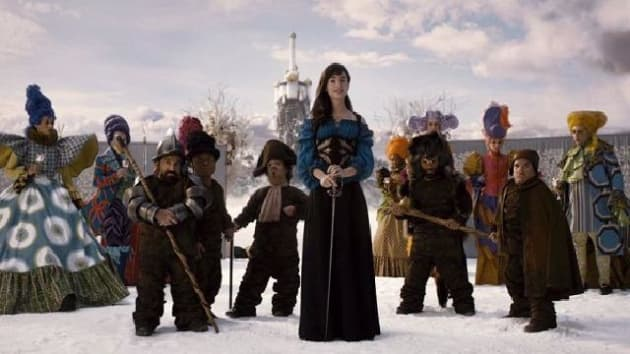 Mirror Mirror Video: Meet the Dwarfs - Movie Fanatic