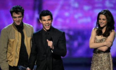 Eclipse Stars at People's Choice Awards Photo