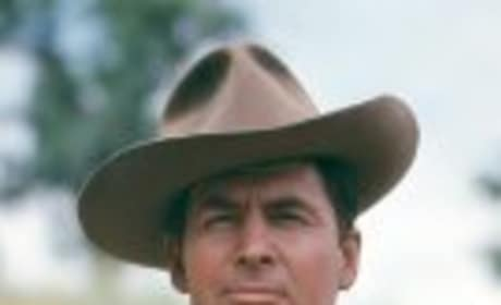 Fess Parker, Iconic Davy Crockett, Dead at 85