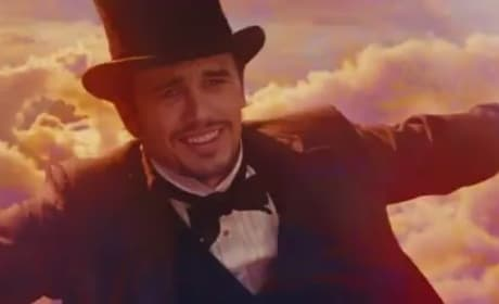 Oz the Great and Powerful Clip: James Franco Travels by Bubble