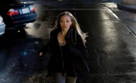 Gone Stills: Run, Amanda, Run!