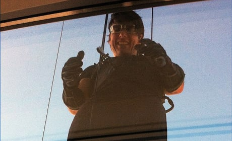 Tom Cruise Gets High for Mission Impossible Ghost Protocol