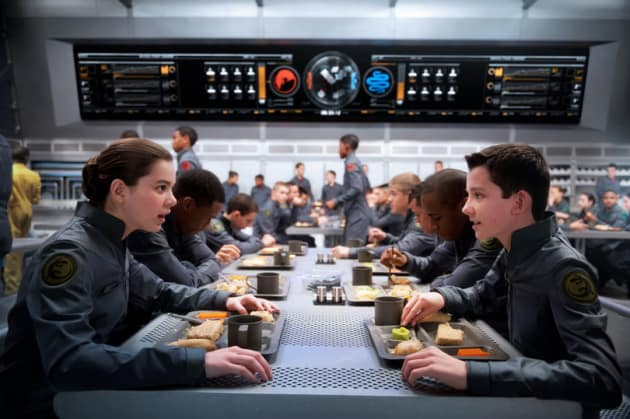 Ender's Game Hailee Steinfeld Asa Butterfield