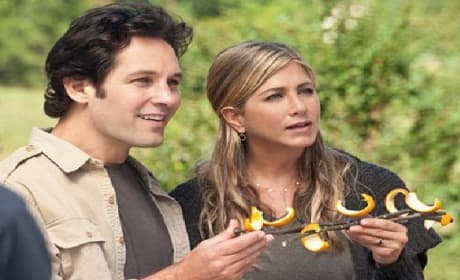 Jennifer Aniston and Paul Rudd Find Wanderlust: First Trailer Premieres