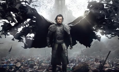 Dracula Untold Review: Luke Evans Impales It!