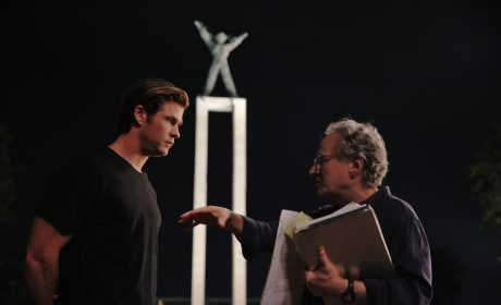 Blackhat Set Photo Chris Hemsworth Michael Mann