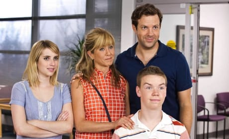 We're the Millers Review: Family Comedy Goes to Pot