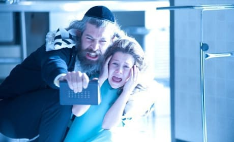 Matisyahu and Natasha Calis in The Possession
