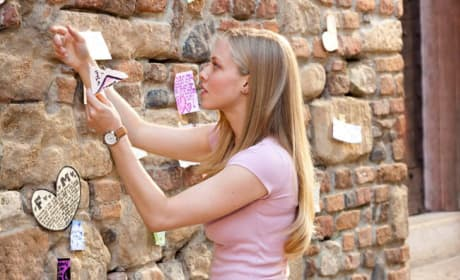 Sophie [Letters to Juliet]