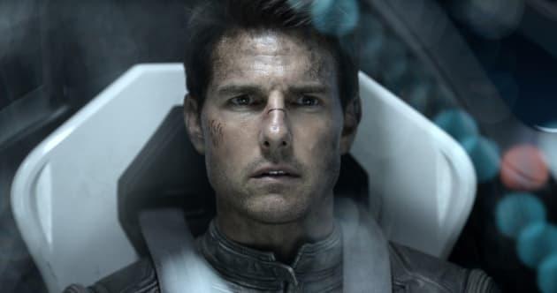 Oblivion Stars Tom Cruise