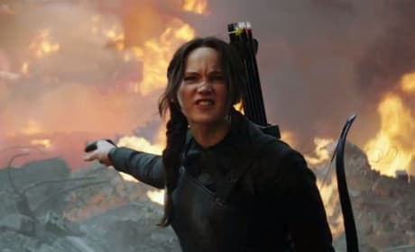 Jennifer Lawrence Mockingjay Part 1 Photo