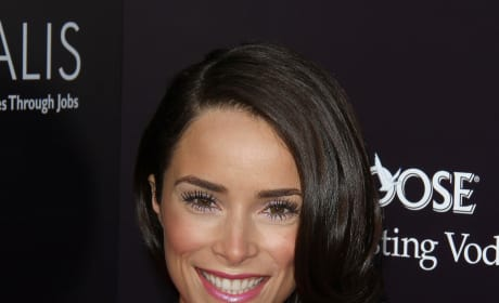 Abigail Spencer Joins Oz, the Great and Powerful