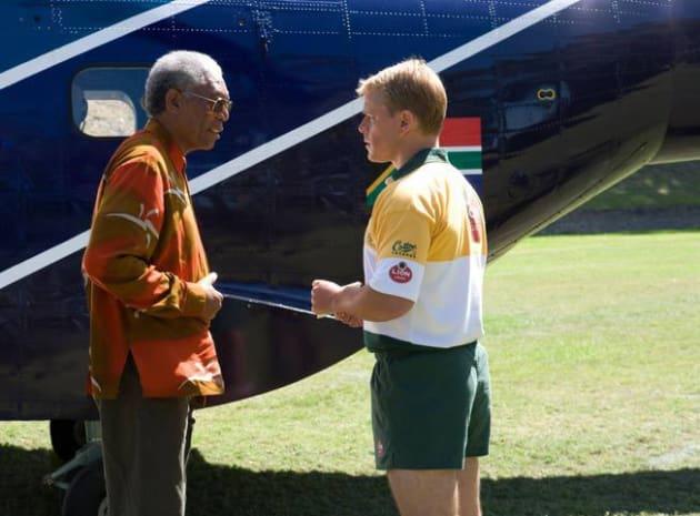 Mandela and Pienaar Chat on the Sidelines