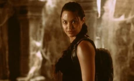 Angeline Jolie in Lara Croft: Tomb Raider