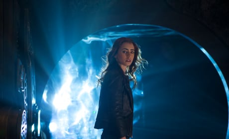 The Mortal Instruments City of Bones Review: Not Harry Potter Redux
