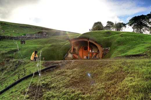 Hobbit Set Construction 1
