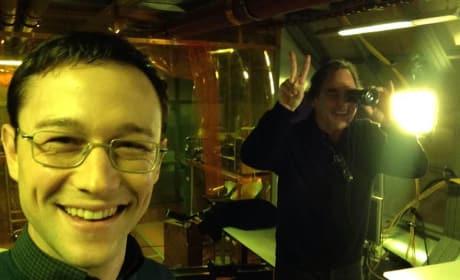 Snowden Set Joseph Gordon Levitt Oliver Stone