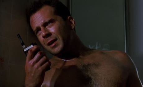 Bruce Willis Stars in Die Hard