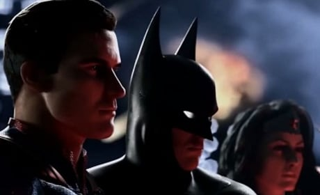 DC vs. Marvel in Fan Super Mash-Up Trailer: Watch Now!