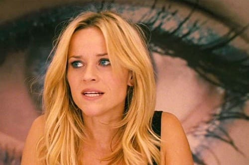 Reese Witherspoon in This Means War - Movie Fanatic