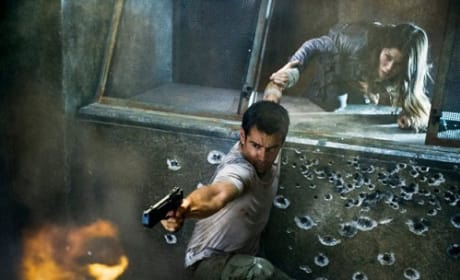 Total Recall Photo: Colin Farrell Fires Back