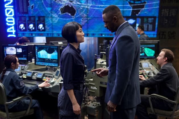 Rinko Kikuchi Idris Elba Pacific Rim