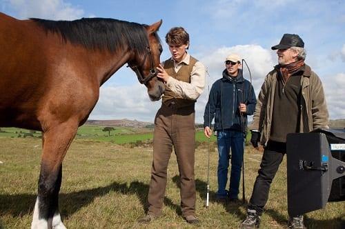 Steven Spielberg Directs Jeremy Irvine in War Horse