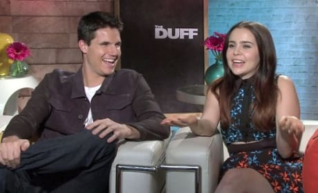 The DUFF Exclusive: Robbie Amell & Mae Whitman Break the Teen Movie Mold