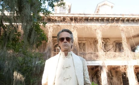Beautiful Creatures: Jeremy Irons Talks Spellbinding Career