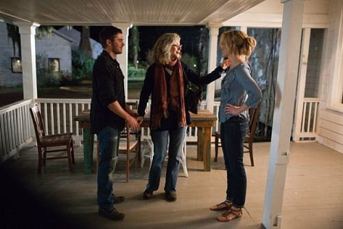 Blythe Danner, Zac Efron and Taylor Schilling in The Lucky One